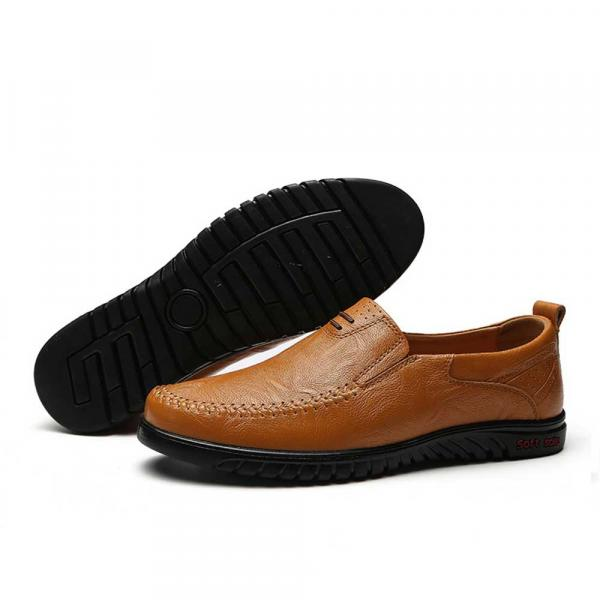 Big Size New Arrival Split Leather Men Casual Shoes Fashion Top Quality Driving Moccasins Slip On Loafers Men Flat Shoes 36~46